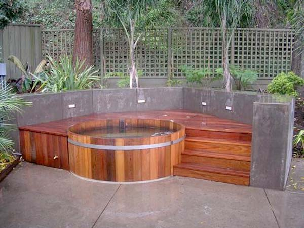 No writing center is complete without its very own hot tub, complete with massaging jets. Just kidding. Well, only sort of kidding.